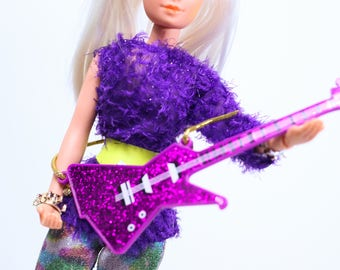 Rare Vintage Jem and the Holograms Hasbro 80s Roxy of the Misfits Doll + guitar and bracelets, stand, vintage jem, hasbro jem, misfits doll