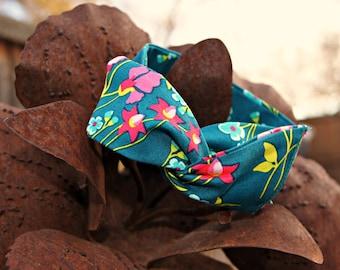 """Wire Bun Wrap Top Knot Wire Wrap """"Mini"""" Dolly Bow Wire Headband Rockabilly Ponytail Hair Tie Hair Bun Tie Wrap"""