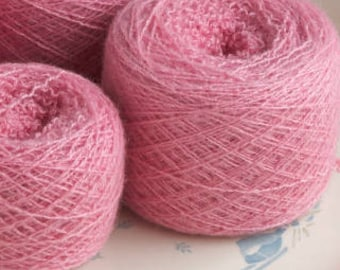 Sport weight Bright Pink Reclaimed Cashmere Yarn - Recycled Yarn -  Lot R-2-001
