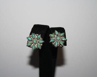 Beautiful Vintage Sterling Silver And Turquoise Flower Etched Clip on Earrings