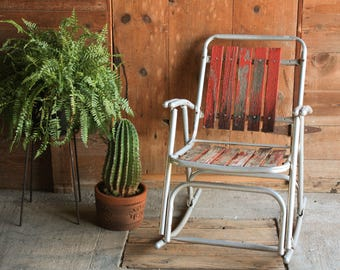 Vintage Outdoor Folding Rocking Chair, Rustic Wooden Rocker, Folding Chair  Vintage Wood, Metal