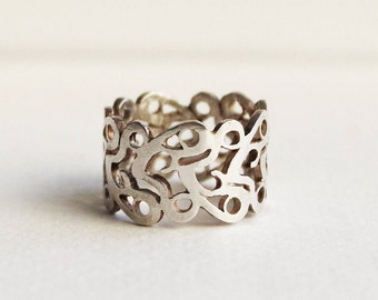 On Sale Silver filigree ring, Sterling Silver Lace Corset ring, an original design pattern wide band ring.