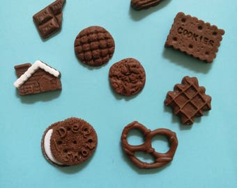 Set of 9 miniature cookies. Edible fondant decorations. Cakes, cupcakes, cookies, cakepops toppers