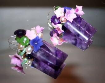 Pair of earring gemstones flower vase