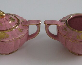 SADLER PINK CREAMER and Sugar Bowl with lid.  Gold decoration.  C.1940's.  Made in England