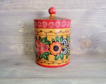 Vintage Wooden Hand painted Box, Sovier Era Box, Lidded Box, Hand painted Flowers, Large Wooden Box, Box from USSR from 70s, Round Large Box
