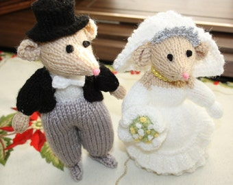 Bride and Groom Mouse