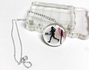 Marathon runners pendant necklace, running girl jewelry, runners necklace, Marathon jewelry, athletics jewelry, silhouette jewelry