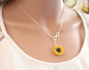Sunflower Infinity lariat Necklace, Yellow Sunflower Bridesmaid, Sunflower Flower Necklace, Bridal Flowers, Sunflower Bridesmaid Necklace