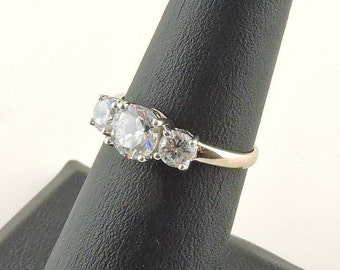 Size 6 10k White Gold And 1.25cttw Round Cubic Zirconia Ring