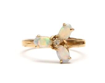 14k Opal Trillium Ring