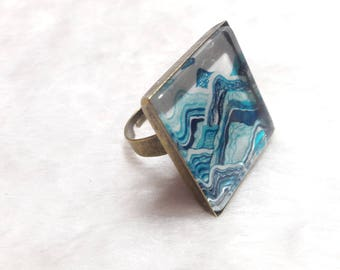 Large bronze square ring nice mountain