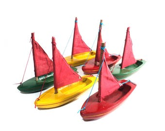 Small Boat, Green Yellow Red Wood Ship  for Child, Toy Wooden Sailboat