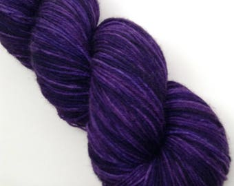 Ste. Genevieve - Hand Dyed Fingering Weight BFL Yarn - Boondock (463 yards)
