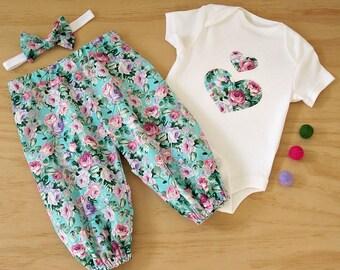 Girls set. Baby girls vintage look set. Girls outfit. Rose and Teal print set.  Bodysuit and harems set. Vintage floral baby set. Pretty set