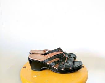 Women's Vintage Strictly Comfort Black Sandals Wedge Sandals Size 8