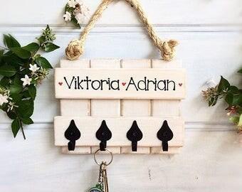 Personalised key rack - Dog leash rack - Baby or child's rack - Black heart shaped cast iron hooks -  Handpainted - Country farmhouse style