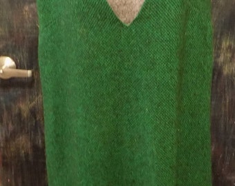 Vintage Green Sleeveless Dress with V-Neck