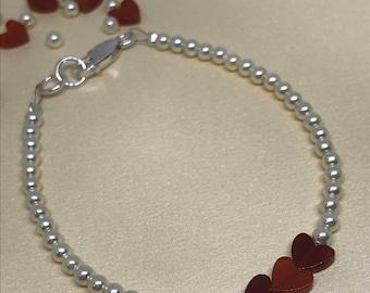 Swarovski Crystal Cream Glass Pearls and Carnelian Gemstones Hearts Beaded Bracelet.