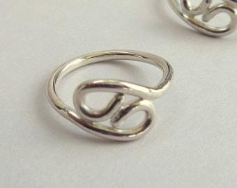 Silver Twin Ring - Yin Yang Ring - Sterling Silver Rings - Zodiac Jewelry - Zodiac Ring - Cancer Zodiac Ring - Zodiac Sign Ring - Balance