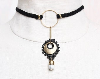 Lace choker necklace - ARTILLERY - Black lace