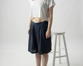 Black Silk Pink Shorts / Large Pleated Shorts / Summer Pleated Shorts