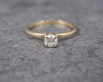 Vintage 14K .15 Carat Diamond Engagement Ring Size 5.75