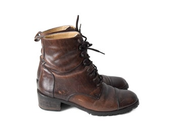 Vintage brown leather boots   size 7