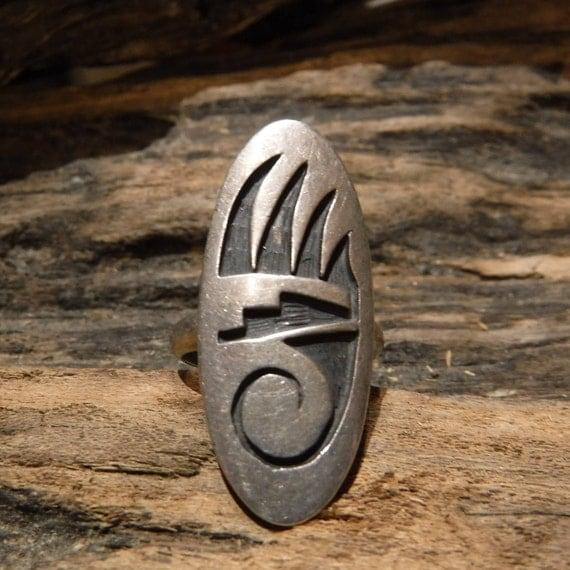 Vintage Navajo Sterling Mens Ring Bear Paw Ring Native American 5.9 Grams Size 5.5  Sterling Silver Bear Claw Ring Mens Rings Womans Rings
