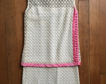 vintage 1960s shift dress // 60s lace dress