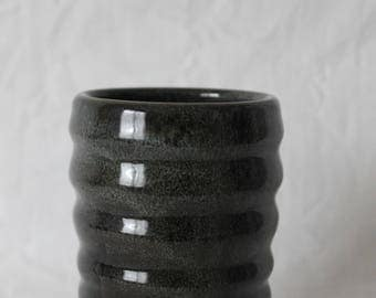 Ribbed cup in a Black & Blue Shino combonation