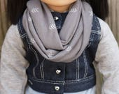18 Inch Doll Infinity Scarf, Gray Doll Scarf, Gray and White Arrows Doll Scarf, Doll Scarf