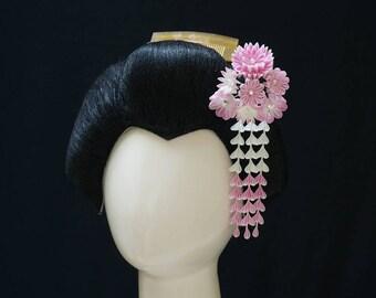 Dainty Pastel Pink and White Tsumami Kanzashi 343