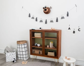 Felt bear head, bear animal head, woodland nursery, monochrome nursery, scandinavian nursery, woodland decor, kids room