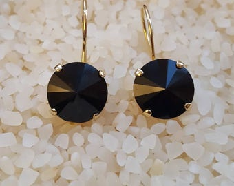 Black crystal round earring,onyx dangle earring,jet black earring,gold earring,elegant black earring,mourning dangle earring,black jewelry