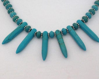 Turquoise Spike Stone Bead Necklace