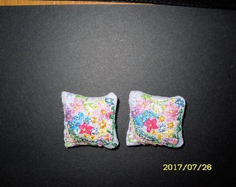 1:12 Hand embroidered Dolls  house Cushion