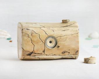 Driftwood pinhole camera, medium format, 120 film, format 6x6