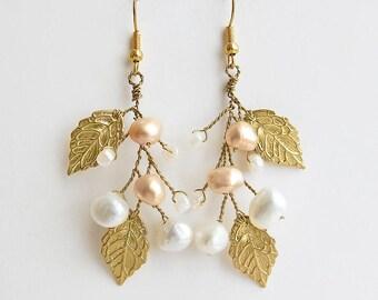 Gold wedding earrings Wedding leaf earrings Pearl chandelier earrings Gold Bridal earrings Twig earrings Branch earrings Blush pink earring
