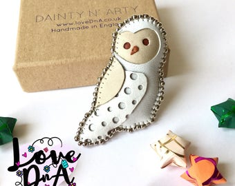 Owl brooch - Handmade with leather and nickel-free beads