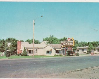 Vintage Color Postcard Bronze Lantern Motel  Yuma Colorado