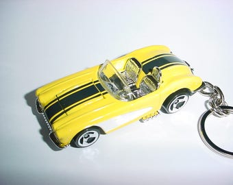 New 3D 1958 Chevrolet Corvette Custom Keychain keyring key chain by Brian Thornton finished in yellow/black racing color trim 58