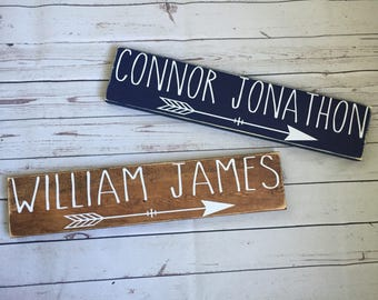 ON SALE! Personalized baby sign, baby name sign, baby shower gift, rustic nursery decor, arrow nursery decor, nursery name