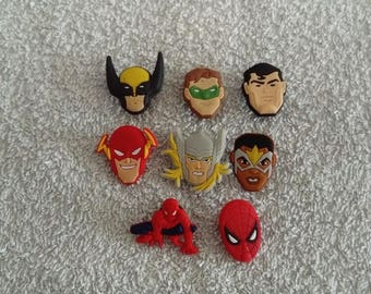 Lot 8 jibbitz Marvel super heroes (badges for fangs)