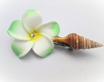 Shell and flower hair clip