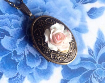 Pink white rose photo necklace