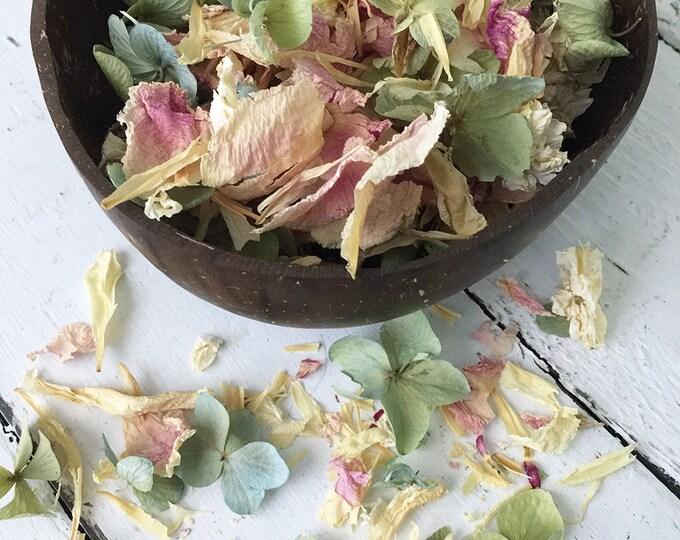 Natural Flower Petal Confetti / Biodegradable / Dye Free / Petal Blend D