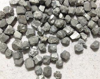 15% off - 4-5 pieces Raw pyrite, rough pyrite 6 grams lot //B*2298