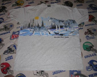 vintage WOLF SHIRT - sz XL - 90s wolves tourist eom indie hipster tee