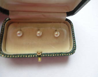 3 NECK BUTTONS Imitation pearl